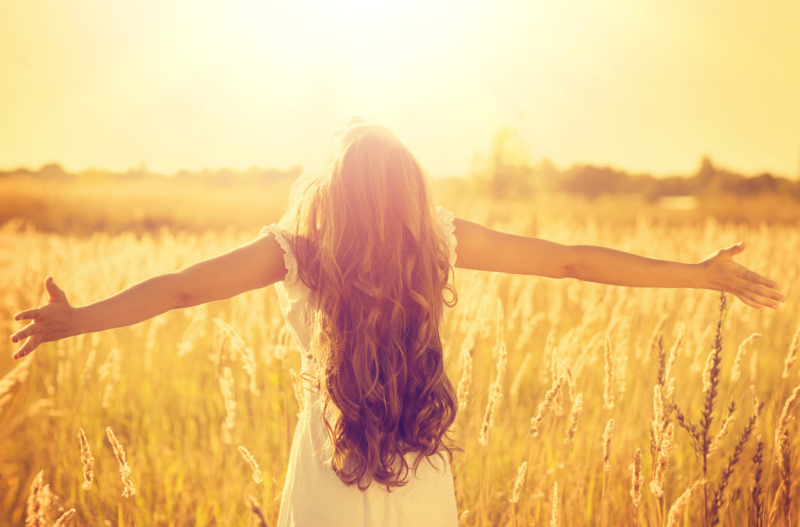 Bigstock-Autumn-Girl-enjoying-nature-on-71045254-1024x675